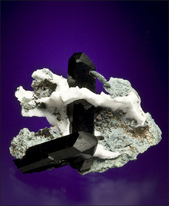 neptunite Dallas Gem Mine California miniature