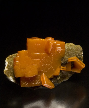 Wulfenite on Descloizite competition quality miniature Los Lamentos Mexico