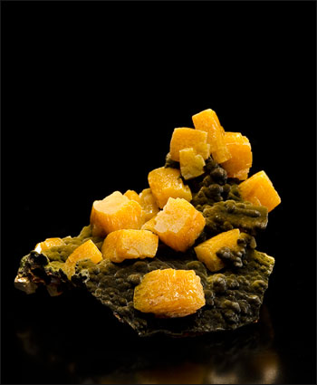 wulfenite ojuela mine miniature